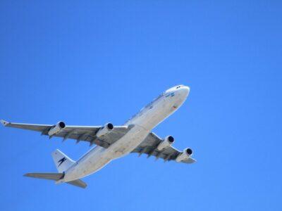 plane-1024x682